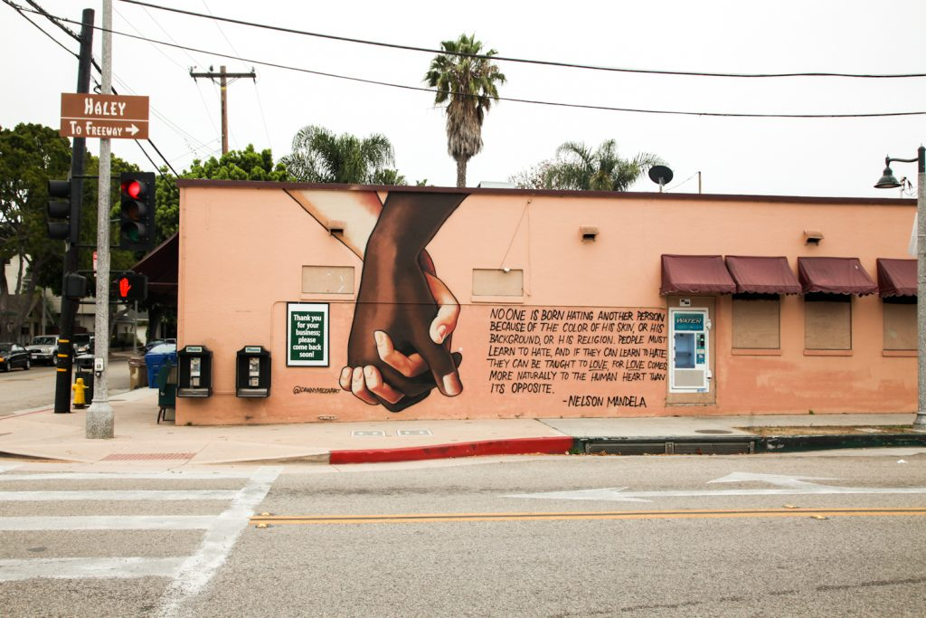 Wall mural with nelson Mandela attributed quote